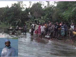 হরিরামপুর উপজেলায় বন্যার পানি অস্বাভাবিক হারে  বৃদ্ধি পাচ্ছে