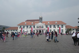 Mengunjungi Kota Tua Jakarta