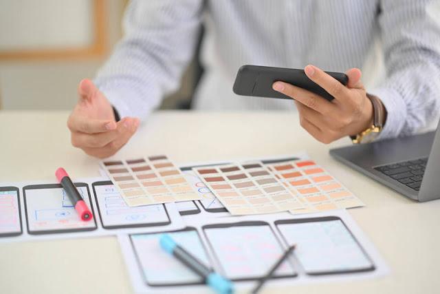 4-Perbedaan-UX-dan-UI-untuk-Digunakan-di-Bidang-Desain