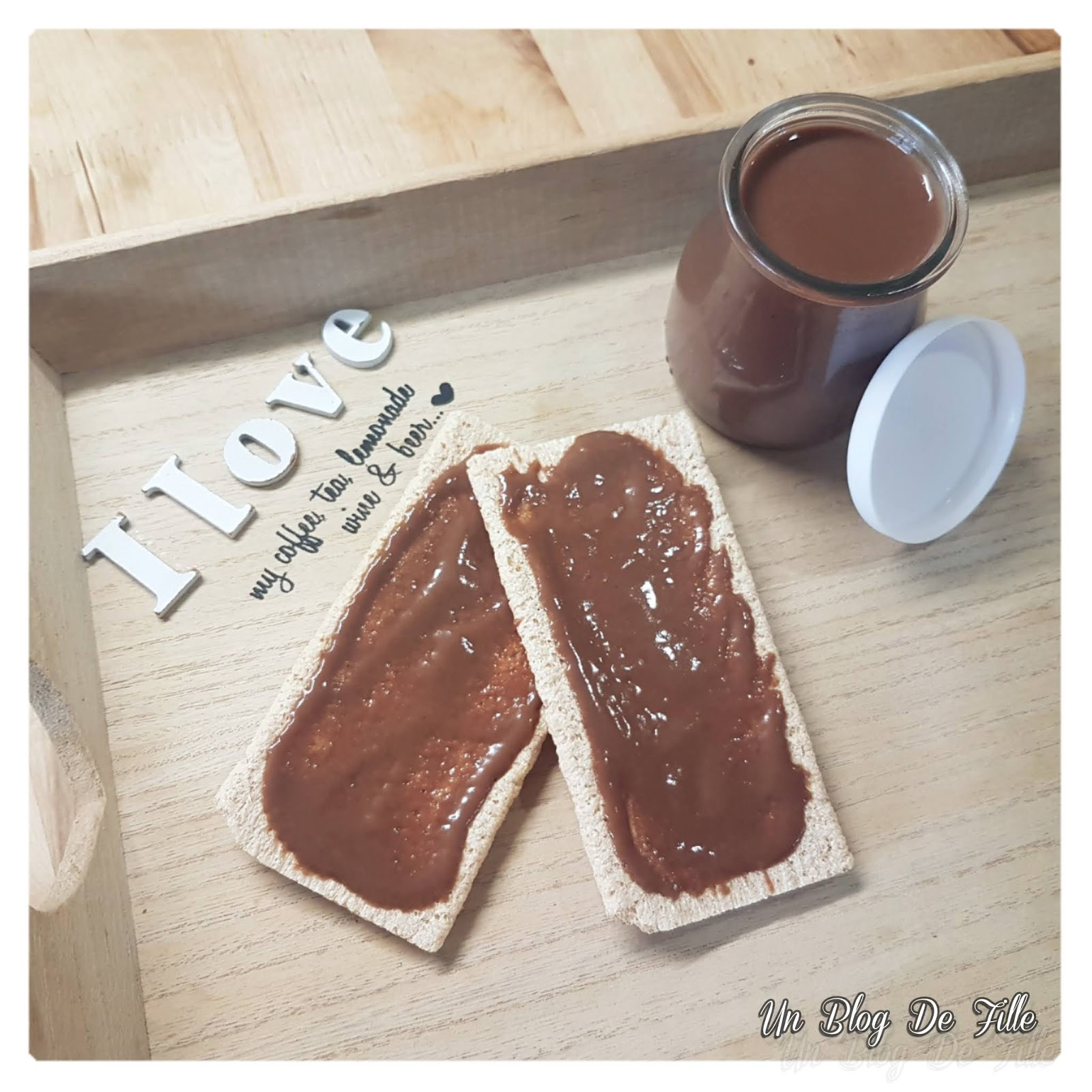 http://www.unblogdefille.fr/2020/05/recette-pate-tartiner-chocolat.html