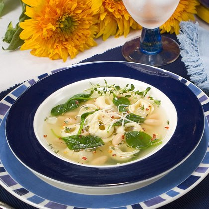 Cheese Tortellini Soup with Cannelloni and Spinach Recipe