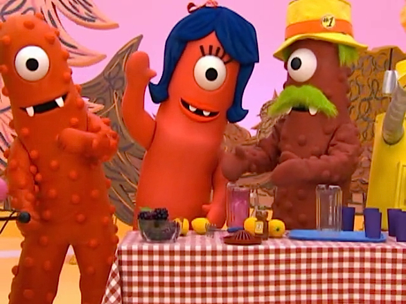 "Fiction-Food Café: Dazzleberry Lemonade from ""Yo Gabba Gabba"""