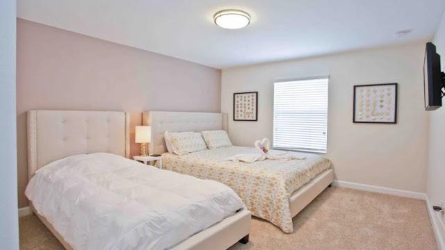 Quarto das casas do condomínio Storey Lake Resort em Orlando
