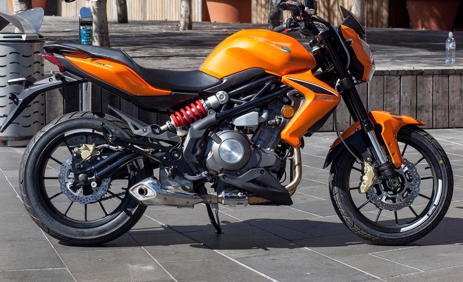 2015 Benelli BN 302 Motorcycle Ready To Launch In India