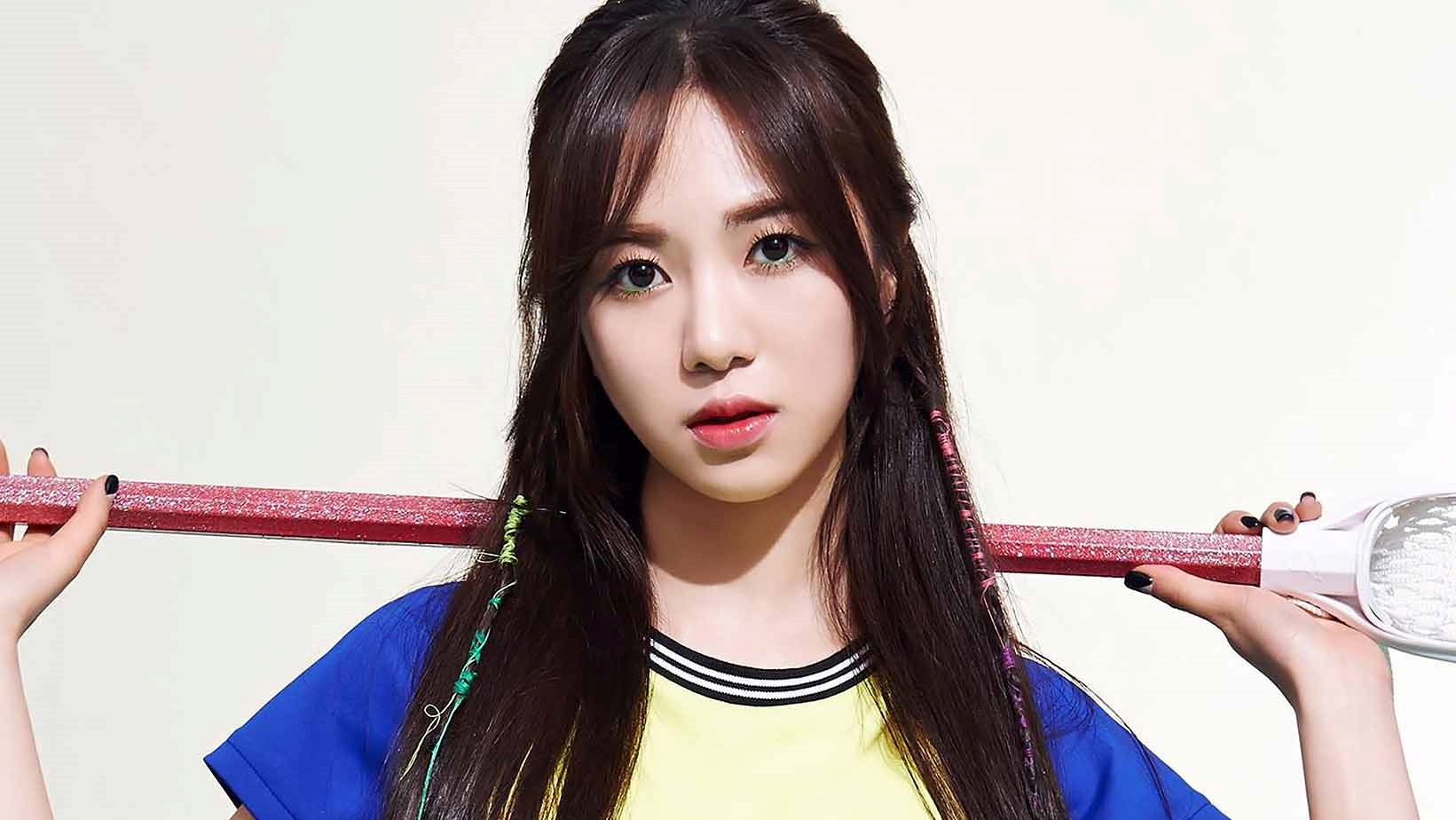 Kwon Mina Again Made Netizens Worried About Her New Post