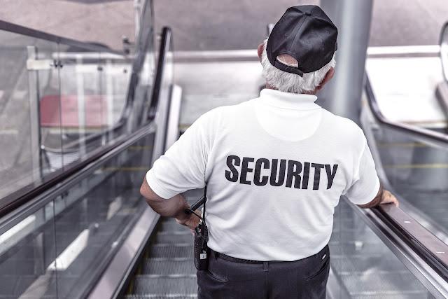 guard escalator