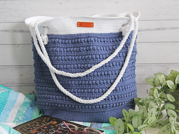 "Malia Shoulder Bag <img src=""https://pic.sopili.net/pub/emoji/twitter/2/72x72/26f1.png"" width=20 height=20>"