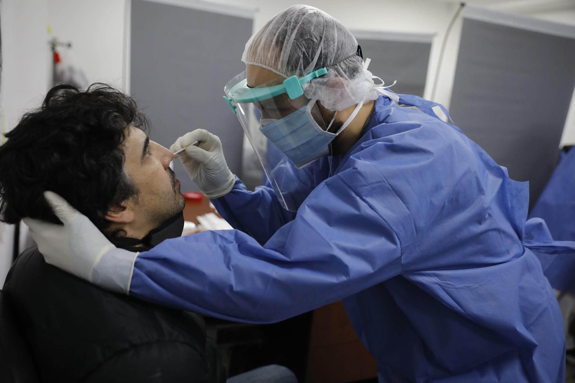 Coronavirus en Argentina: confirmaron 561 muertes en las últimas 24 horas, la cifra más alta desde el inicio de la pandemia