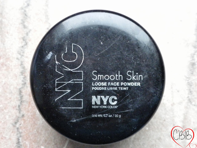 NYC Smooth Skin Loose Face Powder in Translucent