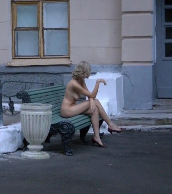 Евгения хиривская порно онлайн, фаллоимитатор на ногу