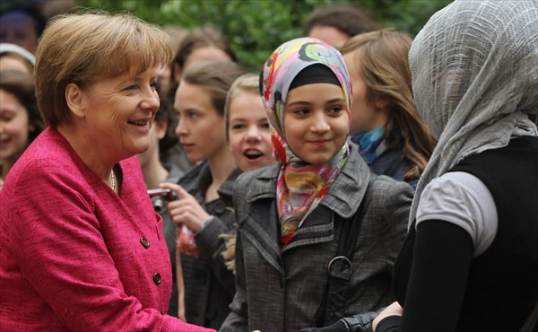 Subhanallah Dalam 1 Tahun, Ada 4.000 Warga Jerman Masuk Islam