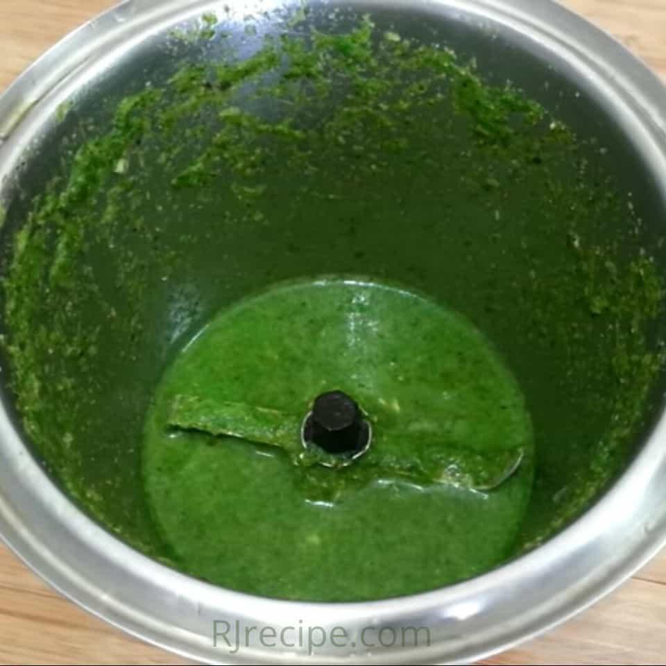 blending-all-ingredients-in-mixer