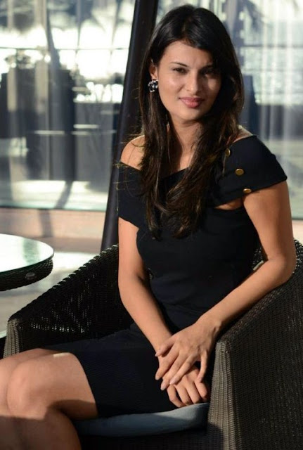 Sayali Bhagat Spicy Photos in Black Dress Actress Trend