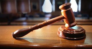 قصة الحاكم والقاضي