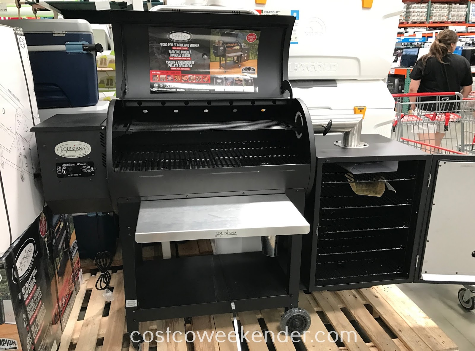 Costco 1500153 - Louisiana Grills Wood Pellet Grill and Smoker is way easier to use than a charcoal grill or smoker