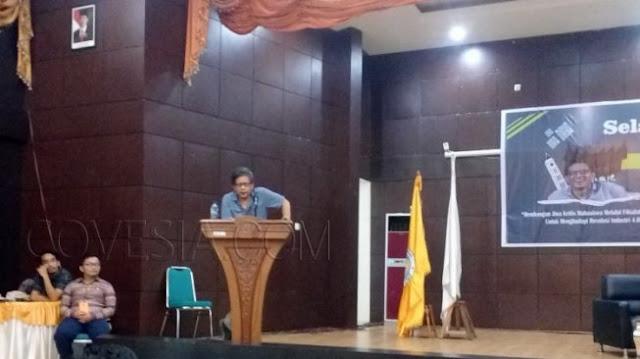 Rocky Gerung: Ibu Kota RI Harusnya Dipindah ke Minangkabau