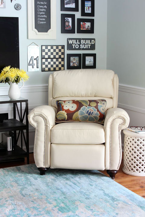 Sherwin Williams Sea Salt Living Room