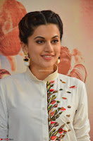 Taapsee Pannu Looks Super Cute in White Kurti and Trouser 17.JPG