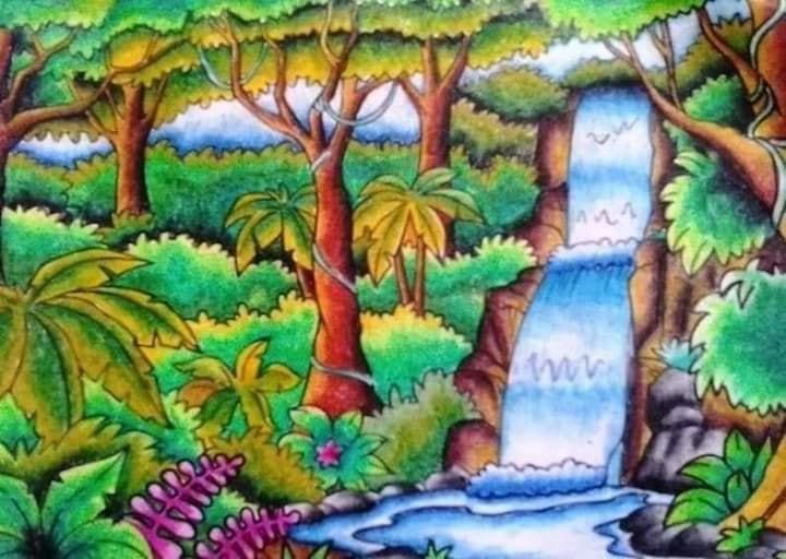 Contoh Gambar Pemandangan dengan Air Terjun dan Hutan Belantara