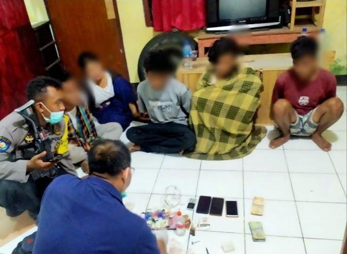Ketahuan Kumpul Gelap, Empat Pria dan Satu Wanita Diringkus Polisi Di Soromandi