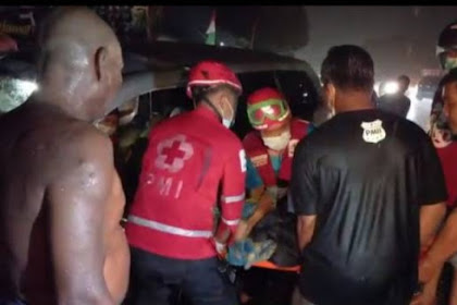 Tabrakan Maut Di Jalan Solo- Ngawi 3 Tewas Tergencet Mobil