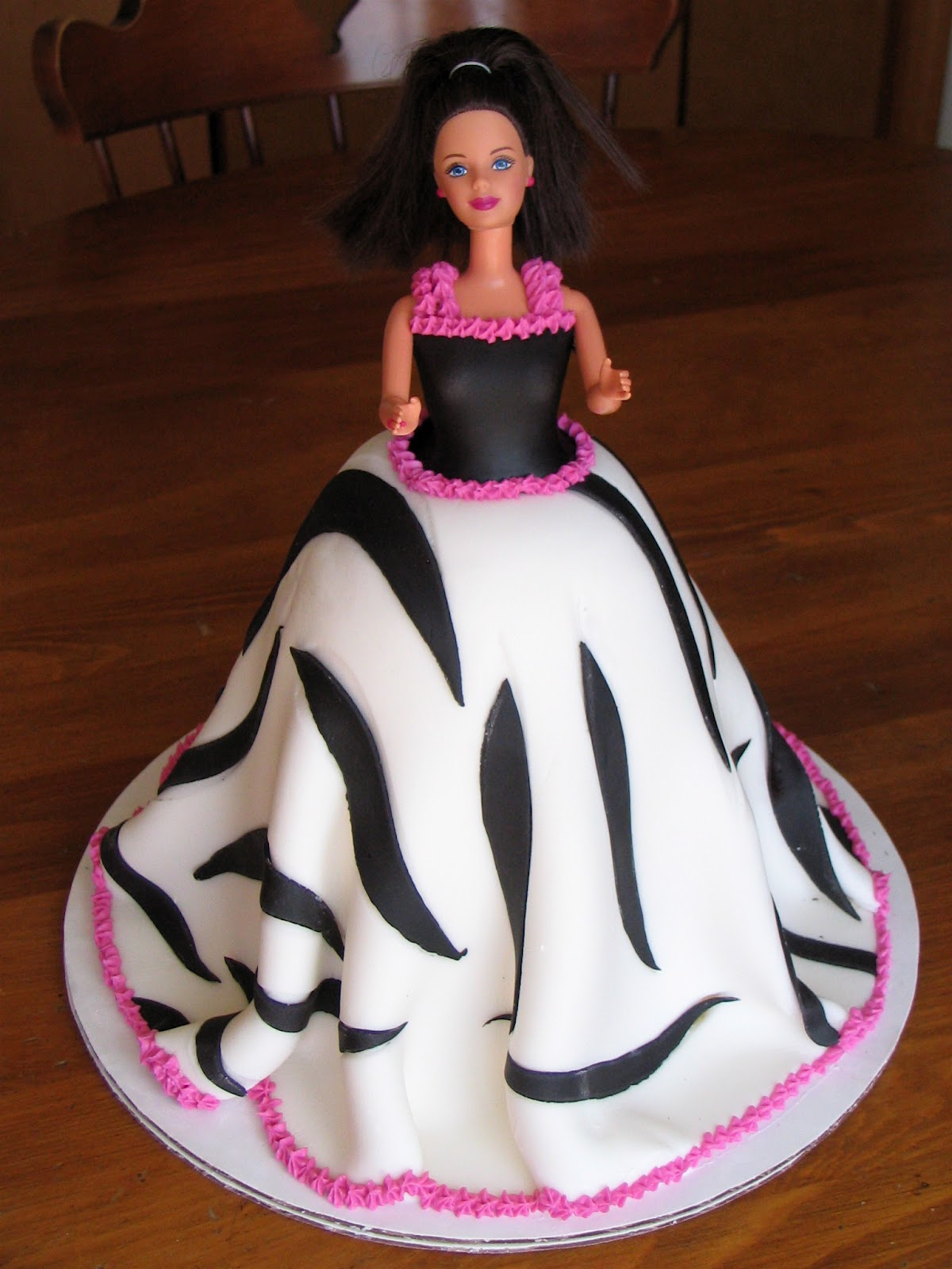 My Cakes Creations And More Barbie Cake