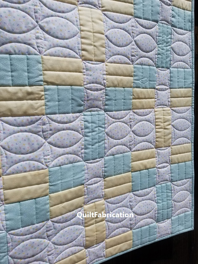 Stockade 3 horizontal seed quilting