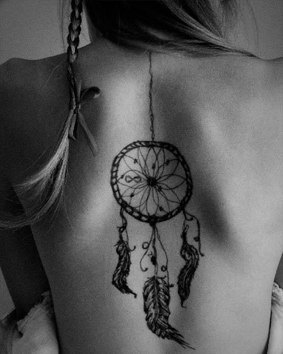 Tatuajes de atrapasueños que te dejaran con la boca abierta