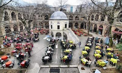 Koza Hani Bangunan Tua Penuh Sejarah Di Bursa Turki