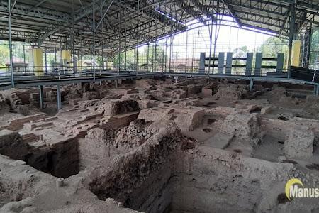 Candi Kedaton Sumur Upas, Dari Bangunan Hingga Beragam Artefak