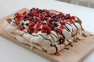pavlova resepti kakku marenki leivonta