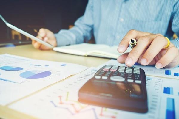 Recrutamento de (1) Um Técnico Administrativo Comercial