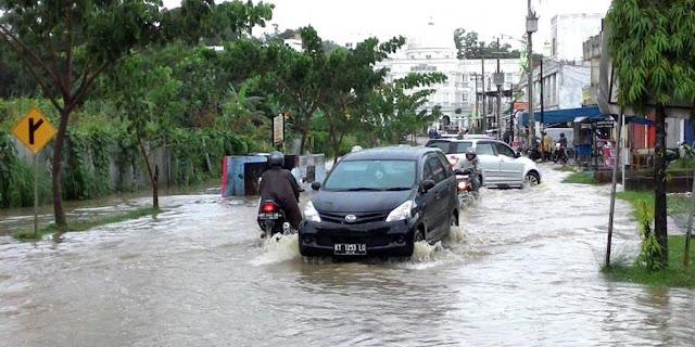 Sebelum Beli Mobil Bekas, Ketahui Dulu 5 Ciri Mobil Bekas Banjir