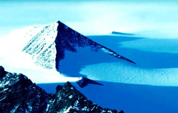 Aliens And UFOs May Have a Hand On The Creation Of The Pyramid Discovered In Antarctica