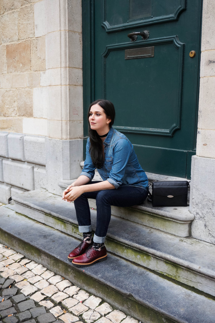 Outfit: cuffed Levi's with floral socks and chunky brogues