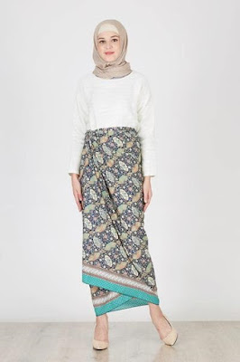 model rok panjang untuk orang gemuk agar terlihat langsing
