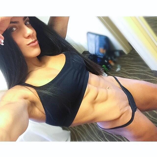 Ariel Khadr IFBB Fitness Pro Instagram
