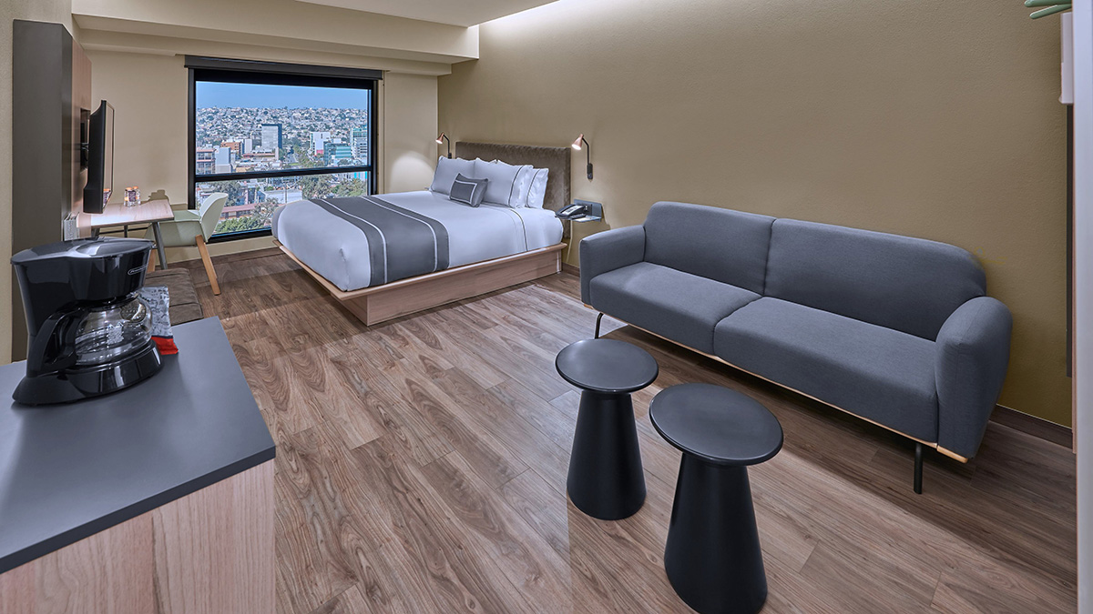 CITY EXPRESS INAUGURA HOTEL PLUS TIJUANA 03