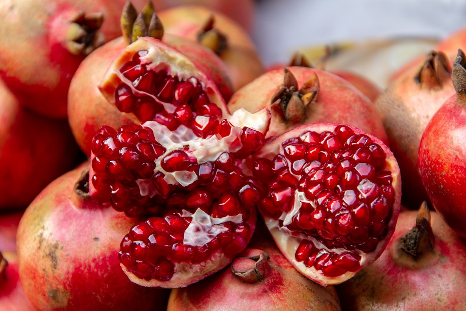 What are the benefits of pomegranate for the body - for the heart - for immunity
