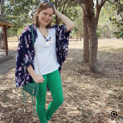 awayfromtheblue Instagram | blue and green spring SAHM style outfit with floral kimono white tee skinny jeans