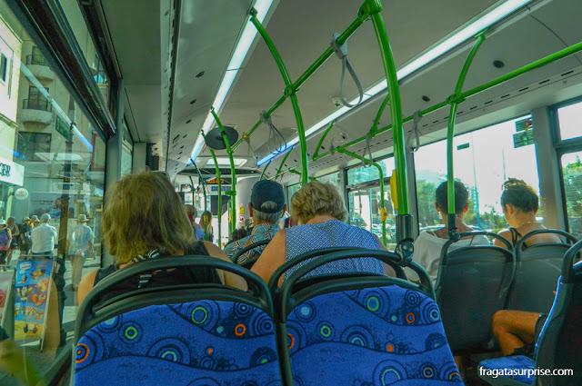 ônibus em Malta