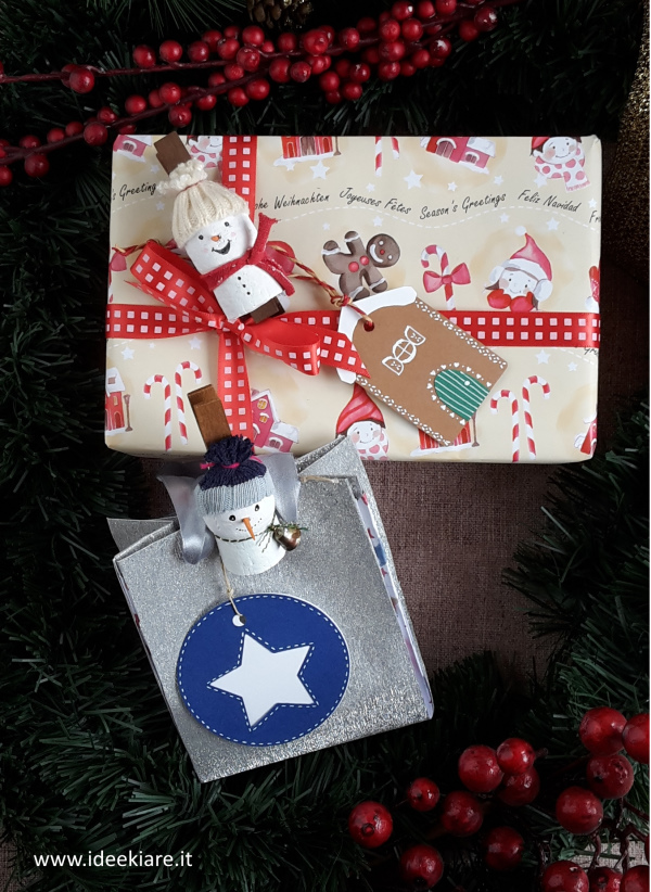 Pacchetti regalo natalizi