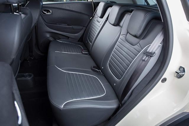 Renault Captur 2017 - interior - espaço traseiro