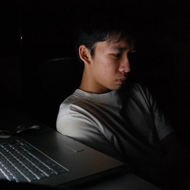 27 tuổi, làm việc ở Hà Nội mức lương 15-16 triệu, tôi có nên về quê với lương 7-8 triệu hay không? 1