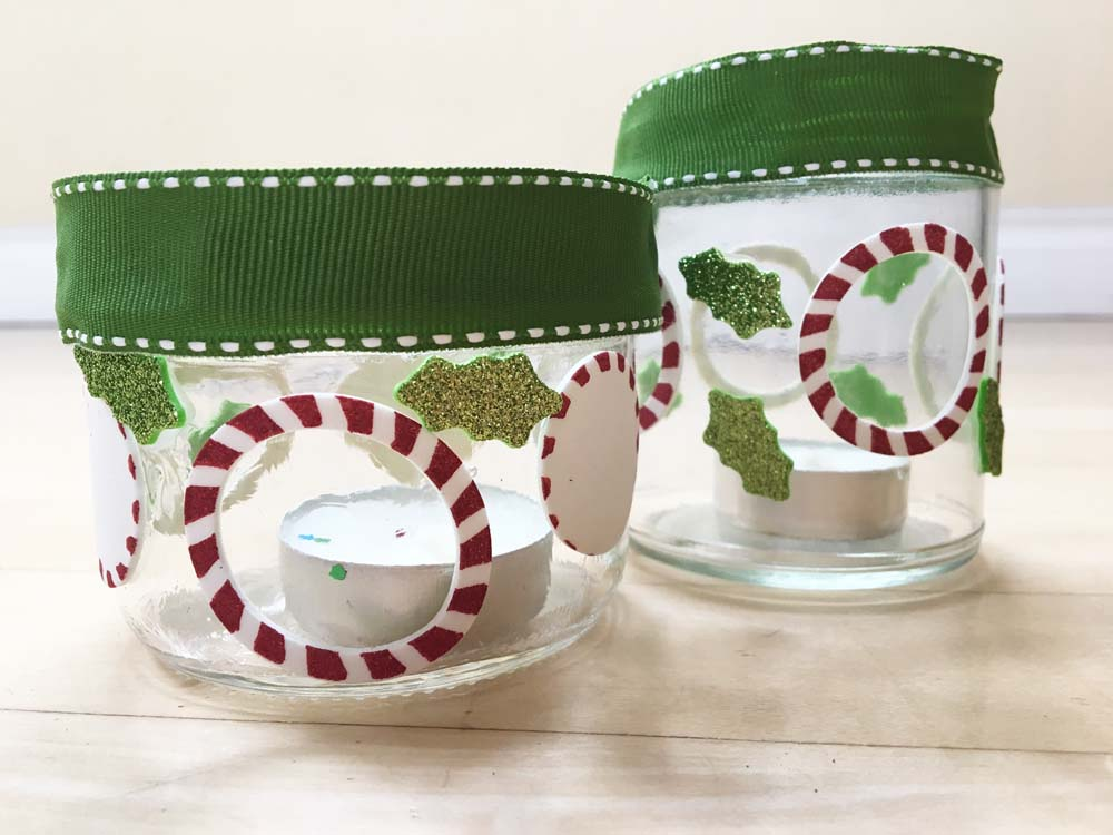 Last Minute Gift Ideas: DIY for kids. 3 quick, fun and easy gifts for kids to make. A candle holder, fridge magnets, bookmarks and Santa card. #gradeonederful #giftideas #christmasgifts #giftskidscanmakeforchristmas