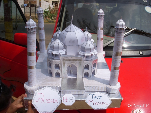 Cards crafts kids projects taj mahal paper model for Best out of waste models