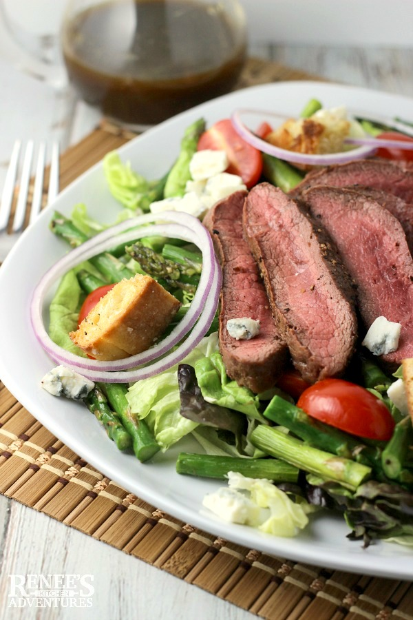 Grilled Steak, Asparagus, and Blue Cheese Salad | Renee's Kitchen Adventures