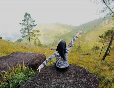 Pusuk Buhit, Tempat yang Sempurna untuk Menyaksikan Kepingan Surga Danau Toba