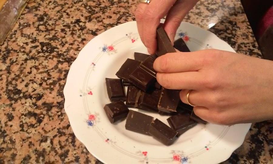 troceamos el chocolate