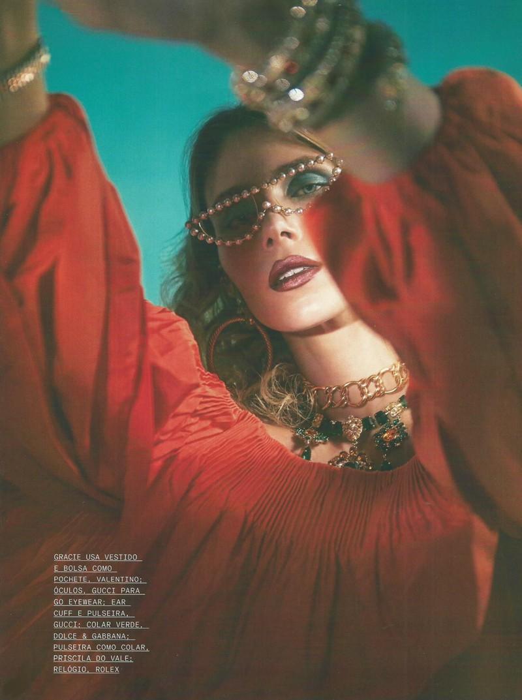Moda com brilho – um editorial deslumbrante e luxuoso